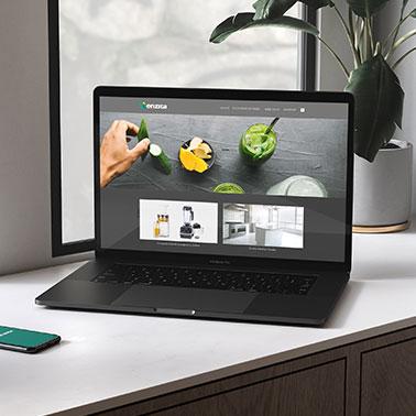 Mockup2 laptop